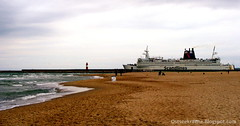 just parking on the beach (chaoskraehe) Tags: sea warnemnde baltic ostsee rostock