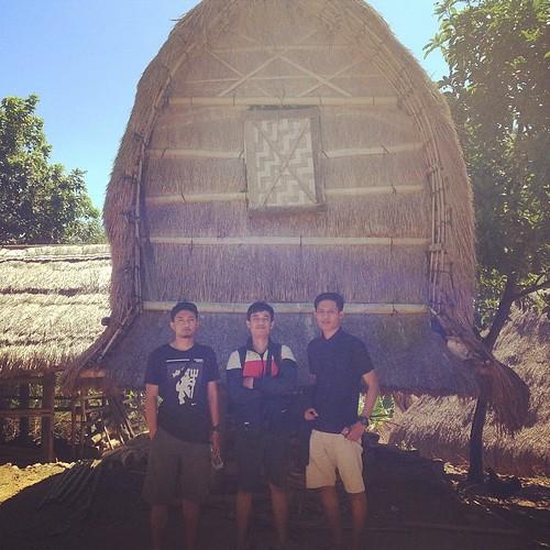 #sasak #ethnics #traditional #lombok #house #ende #traveller #backpaker