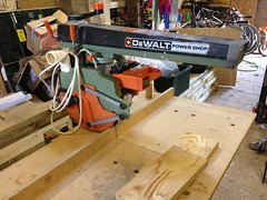 The latest machine to arrive.. A DeWalt radial arm saw made 1986, almost as old as me