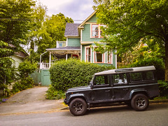 Nice Defender (mouellic) Tags: camping canada vancouver photography jeep 4x4 britishcolumbia nelson pic rover land pocket defender iphone adventuremobile campvibes mouellic