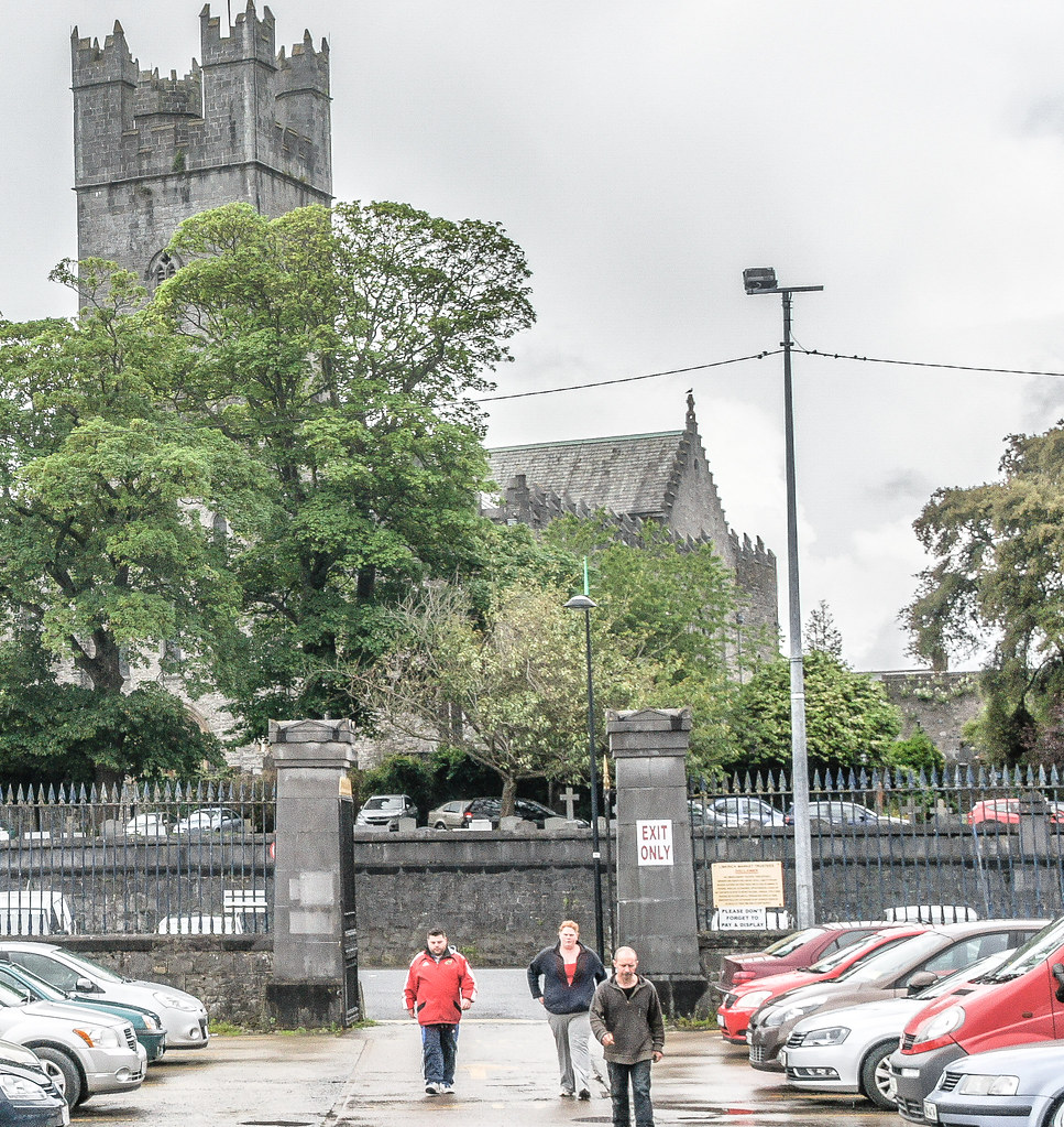INTERESTING WALKS IN LIMERICK - ARTHUR'S QUAY TO KING JOHN'S CASTLE