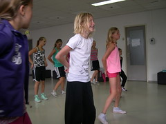 "zomerspelen 2013 hiphop clinic • <a style=""font-size:0.8em;"" href=""http://www.flickr.com/photos/125345099@N08/14427383373/"" target=""_blank"">View on Flickr</a>"