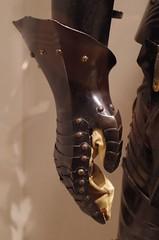 Right gauntlet (THoog) Tags: nyc newyorkcity newyork armor armour themet metropolitanmuseumofart armatura armadura armure rüstung thoog bashforddean
