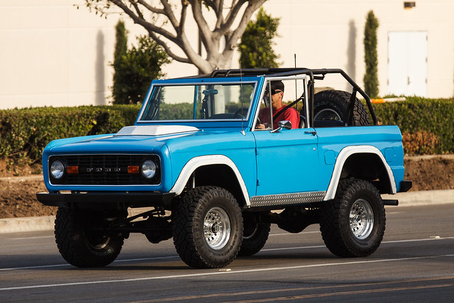 california road ca street blue ford truck bronco suv spotting genone