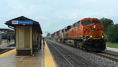 Arrival Into Galesburg (Epic Larry) Tags: santafe bnsf crudeoil galesburg