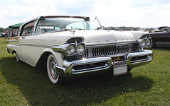 1957 Mercury Turnpike Cruiser face (crusaderstgeorge) Tags: white cars mercury sweden 1957 classiccars americancars 2014 americanclassiccars turnpikecruiser 1957mercuryturnpikecruiser