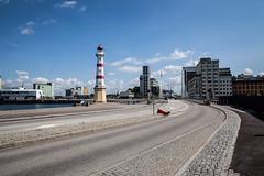 Hjälmarekajen (Rutger Blom) Tags: road sky lighthouse buildings 24mm asphalt malmö malmo cobbledstones canoneos5dmarkii universitetsbron ef24mmf14liiusm hjälmarekajen