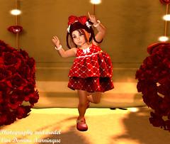 """coraçoes "" --ARMAND-- GRID HEARTS GIRL (vividemina) Tags: armand"