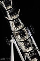 Rueda de noche (Visión Focal) Tags: estrelladepuebla puebla mexico rueda fortuna noche zoom estructura wheel metal contraste night