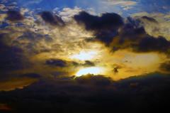 Clouds (Thijs de Zeeuw) Tags: clouds light colors himalaya sun