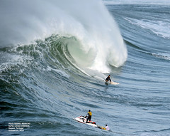 LUCAS CHIANCA / 83730N0 (Rafael González de Riancho (Lunada) / Rafa Rianch) Tags: nazaré olas waves ondas water surf surfing portugal mar sea deportes sports vagues nazare costa coast playa beach