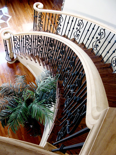 Traditional Style Curve Stair