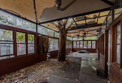 Abandoned Heritage: Gus' Cafe, Canberra. (Sir Buddy Patrick) Tags: urbanexplorationnotreally urbex ue abandoned cafe history historic heritage canberra australiancapitalterritory australia
