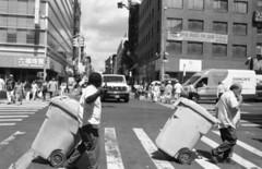 (David Chee) Tags: leica m6 35mm summicron summicronm iv v4 f2 kodak trix 400 hc110 newyork nyc chinatown canal mott street rangefinder film analog blackandwhite bw