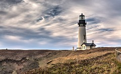 Yaquina Head Lighthouse (Don3rdSE) Tags: don3rdse 3rdsiblingphotography canon canon5d 5d eos february 2017 or oregon coast oregoncoast beach point scenic seascape travel weather ocean water lighthouse yaquinahead surf