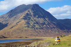 Retro Camping (SuQ10) Tags: isleofskye scotland mobilehome mountains camping