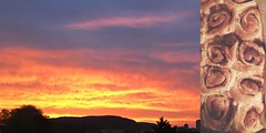 91/365 early birding (SarahLaBu) Tags: diptych diptychon sunrise sonnenaufgang himmelsfeuer basel zimtschnecken cinnamonrolls iphone6s 365the2017edition 3652017 day91365 1apr17