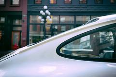 Iconic lines (Eric Flexyourhead) Tags: vancouver canada britishcolumbia bc gastown waterstreet city urban detail fragment carspotting car german porsche 911 porsche911 911sc porsche911sc shallowdepthoffield sonyalphaa7 zeisssonnartfe35mmf28za zeiss 35mmf28