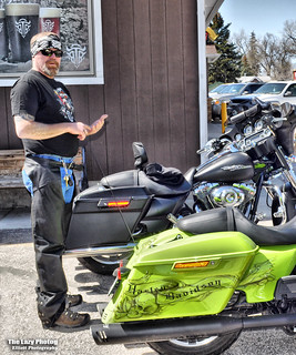 April 13 2017 - Keith at the Outback Lounge setting up his poker run