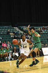 WBasketball-vs-North Texas, 1/26, Chris Crews, DSC_5030 (PsychoticWolf) Tags: 49ers basketball charlotte cusa d1 green mean ncaa ninermedia north nt texas unc uncc unt womens