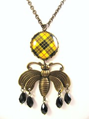 Ancient Romance Series - Scottish Tartans Collection - MacLeod of Lewis (Yellow) Queen Bee Necklace with Jet Czech Glass Crystal