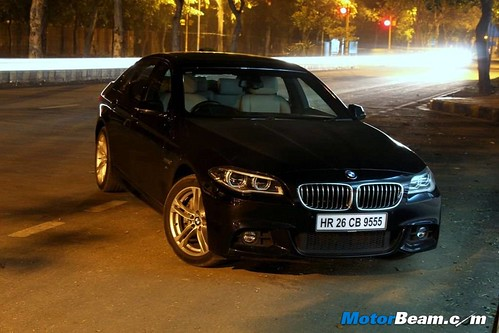2014-BMW-5-Series-56