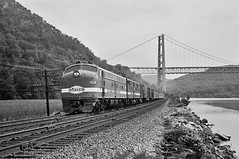 rn1-488 (George Hamlin) Tags: bear new york nyc railroad bridge ohio mountain train river photography photo george state diesel 15 locomotive hudson passenger decor limited manitou e8 hamlin emd