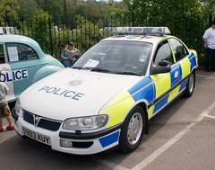 Esses Police Vauxhall Omega (MJ_100) Tags: car cops omega police policecar vehicle essex vauxhall brooklands copcar emergencyservices emergencyvehicle