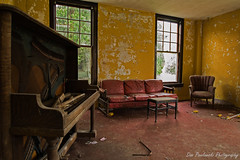 Sing me to sleep.(Explore) (nikon peeper) Tags: old dog abandoned dan rural nikon piano like couch peeper exploration everywhere urbex pawlowski stinks