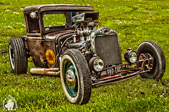 Pennzoil rod .jpg sm (yph photography) Tags: old uk england cloud cars window glass grass hub digital canon photography northampton wheels engine hotrod billing motor shiney dslr hubs aquadrome vehical yampy