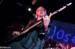 Mike Mills (with Joseph Arthur and the New Professionals) (Adriana Martín PHOTO for bSides.es) Tags: madrid rock concert live mikemills songwriter boitelive josepharthurandthenewprofessionals