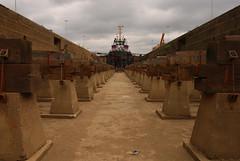 Dry dock nr. 9 (larry_antwerp) Tags: haven port belgium antwerp tug drydock sleepboot droogdok kattendijkdok 9483748 smitemoe