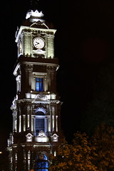 Dolmabahe Clock Tower (Masih Aryani) Tags: tower clock night turkey istanbul historical dolmabahce dolmabahe