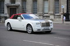 Rolls-Royce Phantom Drophead Coupé (kenjonbro) Tags: uk england london westminster trafalgarsquare sunny convertible rollsroyce cabrio coupe charingcross themall sw1 drophead worldcars rollsroycephantomdropheadcoupé kenjonbro canoneos5dmkiii kencorner canonzoomlensef9030014556 g55555