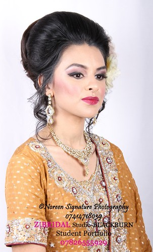 "Z Bridal Makeup Training Academy  42 • <a style=""font-size:0.8em;"" href=""http://www.flickr.com/photos/94861042@N06/14761558995/"" target=""_blank"">View on Flickr</a>"