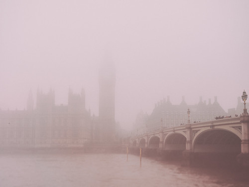 Westminster Bridge (Feldore) Tags: westminster bridge london fog foggy mist house commons big ben moody watercolour england misty feldore mchugh em1 olympus 1240mm city retro vintage