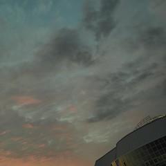 olY/133 .. eneins! (m_laRs_k) Tags: olympus stadthaus mannheim omd 17mm em5ii architecture enterprise spaceship science fiction teal blue orange косми́ческий 飞船
