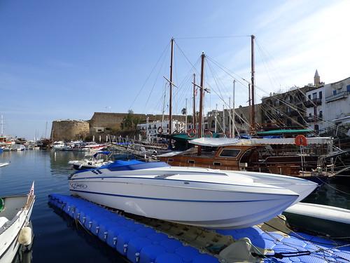 Girne - harbour (8)