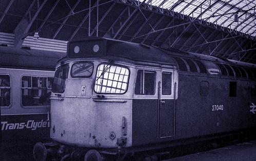 27040 - GQS - c1979