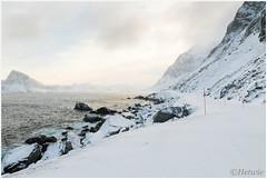 ice road (HP023840) (Hetwie) Tags: lofoten landschap bergen norway noorwegen sea natuur snow sneeuw mountains nature zonsondergangsea zee ice landscape water visitlofoten winter myrland nordland