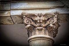 Detalle de columna, Sacramental de San Isidro (Carlos SGP) Tags: columna sacramental sacramentaldesanisidro escultura esculturas esculturafuneraria escultor cemetery cementerio cemeteries arte artefunerario
