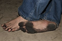 dirty feet - indoor 615 (dirtyfeet6811) Tags: feet soles barefoot dirtyfeet dirtysoles dirtytoes blacksole partyfeet