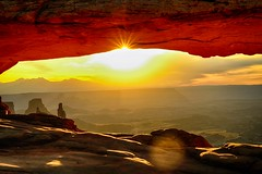 Canyonlands national park Mesa arch Utah (S.Kuroda) Tags: america fujifilm xpro2 mesaarch nationalpark sunset ngc 35mm fujifilmxpro2 canyonlands explore sky utah landscape nature exploreutah 50mm