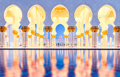 _MG_9138_web - Sheikh Zayed Mosque reflexion (AlexDROP) Tags: 2017 abudhabi uae emirates travel architecture reflexion interior color city wideangle mosque urban nighttime scape circpl canon6d ef16354lis historicalplace best iconic famous mustsee picturesque postcard