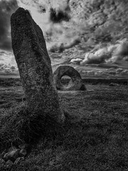 'The stone with a hole'         (see description) (Milesofgadgets ) Tags: iphone 6s plus iphone6splus zeissexolenszeiss exolens ancient stone neolithicsite wideangle bronzeage mênantol cornwall