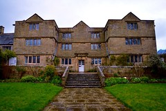 Eyam Hall (rustyruth1959) Tags: nikon nikond3200 tamron16300mm eyam uk derbyshire nt nationaltrust eyamhall eyamviilage eyamplaguevillage hall house outdoor manorhouse manor jacobeanstyle building architecture front entrance windows