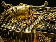 Second inner coffin with lid removed exposing King Tutankhamun's mummy wearing the gold death mask New Kingdom 18th Dynasty Egypt 1332-1323 BCE (mharrsch) Tags: mask deathmask portrait gravegoods gold pharaoh king ruler coffin tutankhamun burial tomb funerary 18thdynasty newkingdom egypt 14thcenturybce ancient discoveryofkingtut exhibit newyork mharrsch premierexhibits