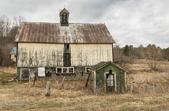 Abandoned Barn_DSC05297-P.jpg (tahcreative) Tags: rural architecture 2017 barn vermont newengland farm ruraldecay rurex forgotten abandoned pastoral outdoor