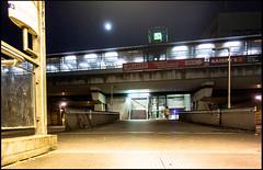 20170409-011 (sulamith.sallmann) Tags: bahnhof berlin deutschland germany haltestelle mitte nacht nachtaufnahme nachts night nightshot sbahnhof wedding deu