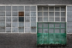 Green meets white (jefvandenhoute) Tags: belgium belgië belgique antwerp antwerpen light rhythm industry industrialarcheology sony photoshop aveve